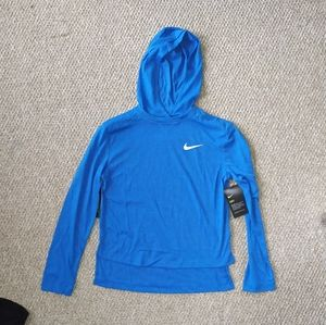 Nike training dry standart fit for girls size L.